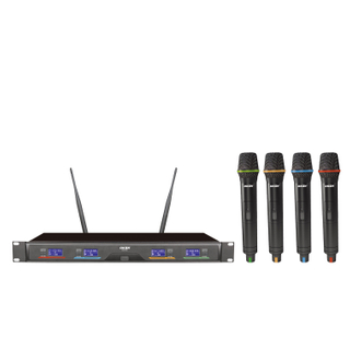 SN-P740 competitive price 4 channels wireless karaoke microphone